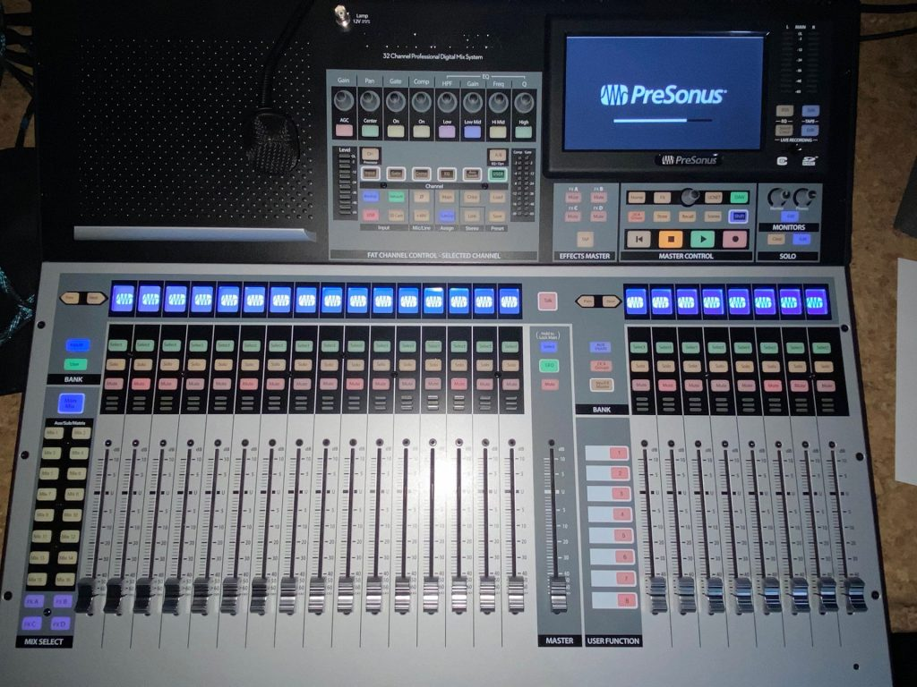 Toledo-Recording-Studio---Presonus-StudioLive-32SX-Mixing-Console